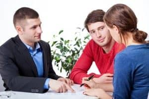 mortgage broker with customers